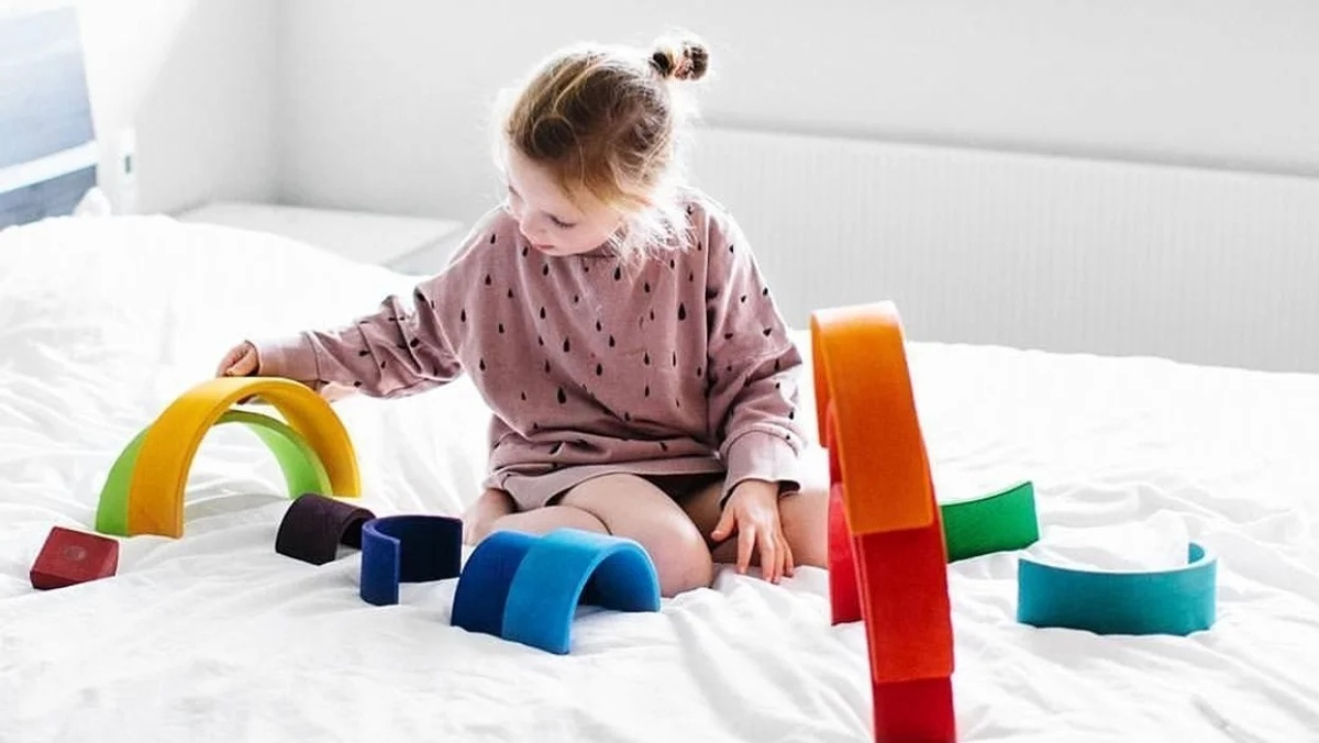 Cele Mai Bune Jucării Montessori Pentru Bebeluși Și Copii Mici