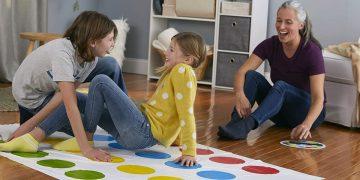 Joc De Familie Twister (3)